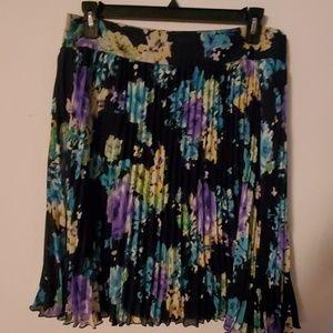 Charter Club NWT Accordian Style Skirt - 14